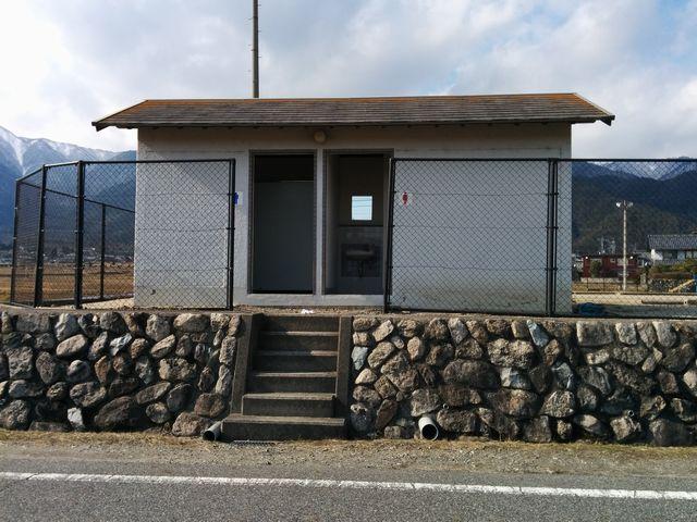 南比良農村広場のトイレ